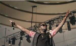mediahoarders_com-check-out-photos-of-some-celebrities-on-stage-at-olamide-s-olic-show-09-1